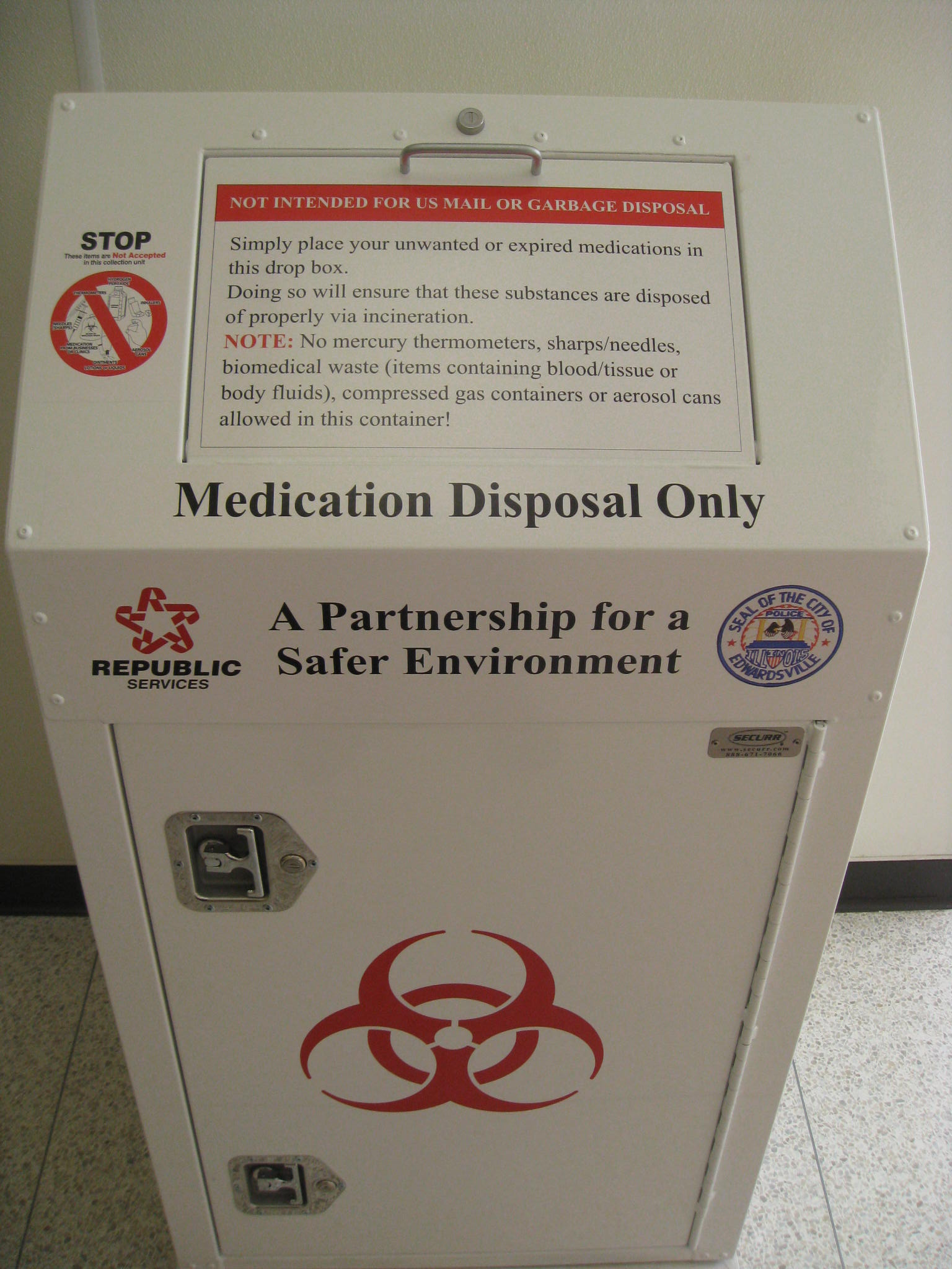 Pharmaceutical Disposal Receptacle